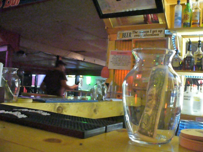 Smokey's Bar & Grill, Clarksville