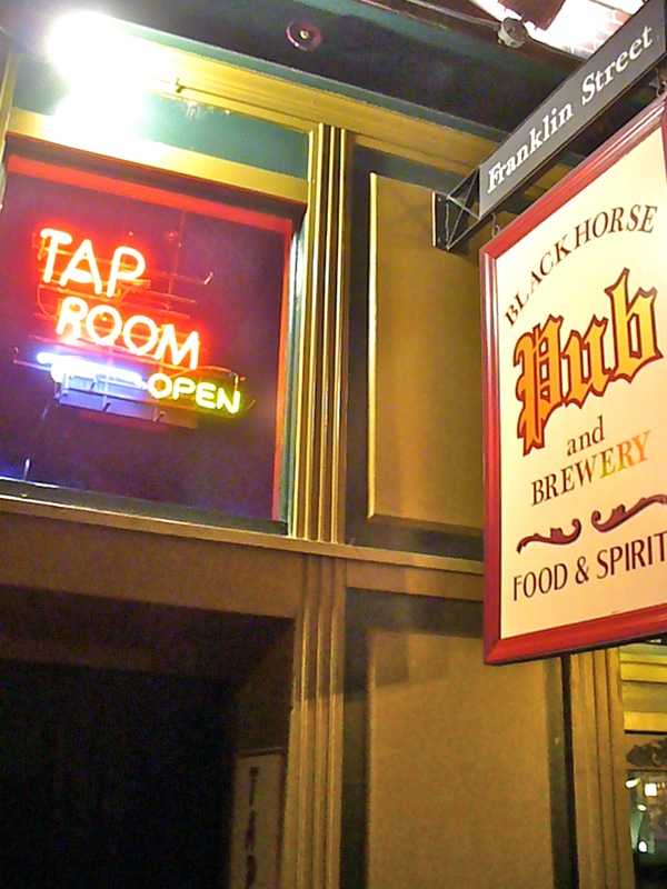 Blackhorse Pub & Brewery - The Tap Room, Clarksville