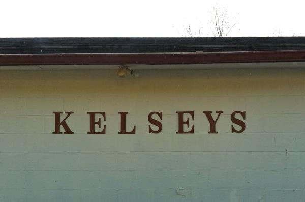 Kelsey's Tavern, Oran