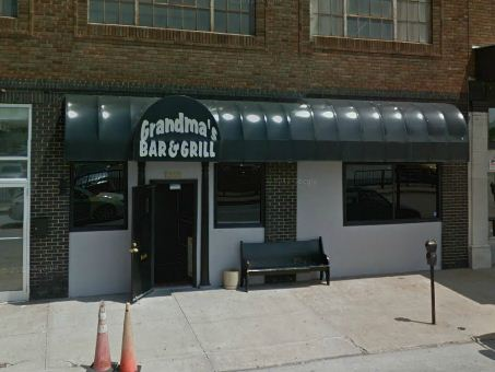 Grandma's Bar & Grill, Kansas City