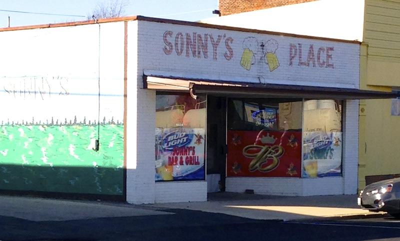 Sonny's Place, Dexter