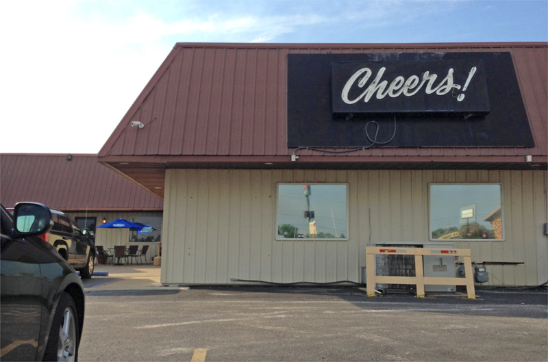 Cheers Bar & Grill, Sikeston