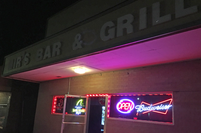 Mir's Bar & Grill and Hookah Lounge, Northmoor
