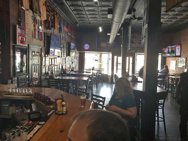Brewer's Sports Bar, Blue Springs