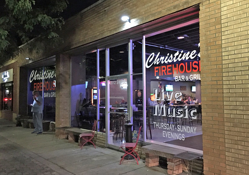 Christine's Firehouse, North Kansas City