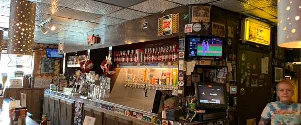 (Downtown, Des Moines, IA) Scooter's 1342nd bar, first visited in 2019. When we stepped in the door there were only a couple of seats at the bar but there was...