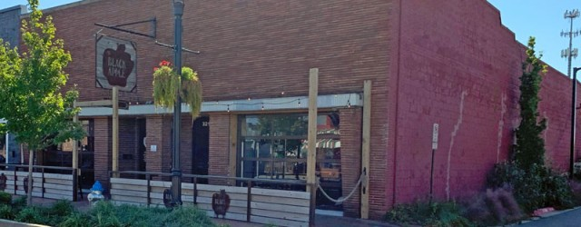 (Downtown, Springdale, AR) Scooter's 1405th bar, first visited in 2019. So remember how in the previous entry I said I wasn't in the mood for cider? Well here's what happened...
